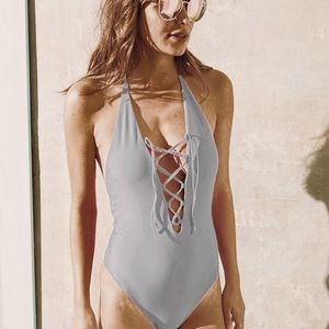 4abcbbe517ce3 NWOT Aerie light grey lace up one piece swimsuit